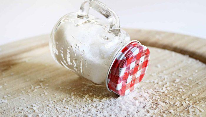 Salt shaker-min